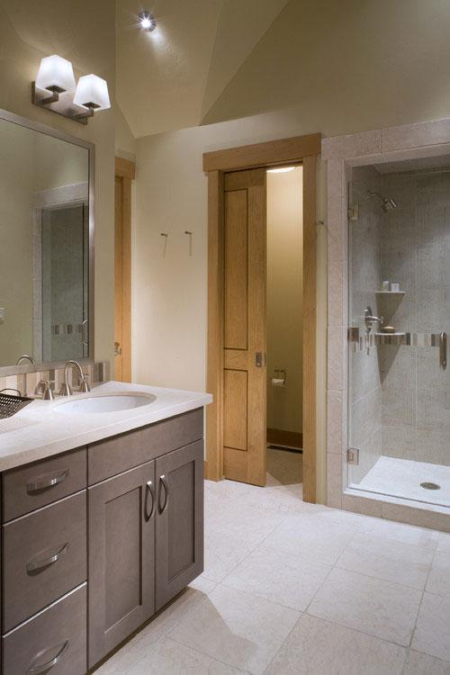 รวมแบบประตูห้องน้ำบานเลื่อน 20 แบบสำหรับห้องน้ำเก๋ ๆ ของ