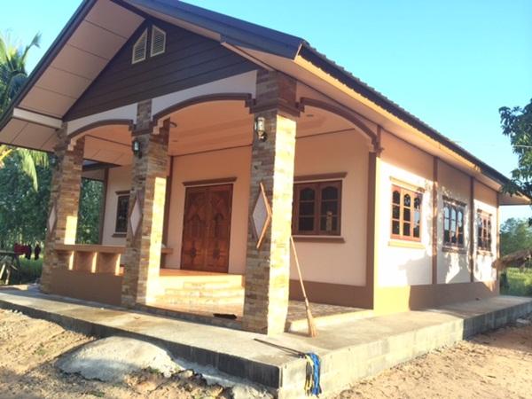 รีวิว : ปลูกบ้านชั้นเดียวหลังเล็ก ด้วยงบ 5 แสน ด้วยแปลนฟรีจากกรมโยธาฯ