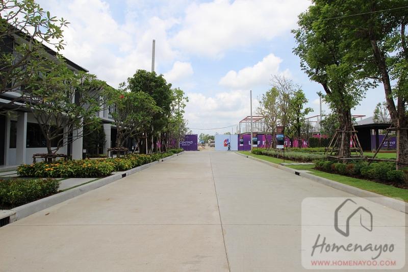 centro bangna km7IMG_0406