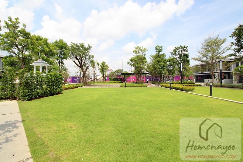 centro bangna km7IMG_0411