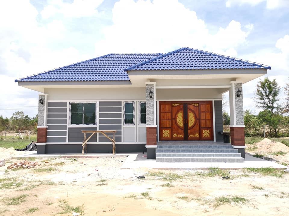 บ้านชั้นเดียวแนวร่วมสมัย หลังคาปั้นหยา ขนาด 2 ห้องนอน 1 ห้องน้ำ งบประมาณ  7.5 แสนบาท | 2021 / 2564 รีวิวคอนโด คอนโดใหม่ บ้านเดี่ยว ทาวน์โฮม  ทาวน์เฮ้าส์ คอนโดเปิดใหม่, คอนโดพร้อมอยู่ , คอนโด ใกล้-ติด รถไฟฟ้า BTS,  รถไฟฟ้าใต้ดิน MRT, คอนโดมือสอง คอนโดให้ ...